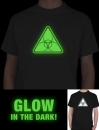 "GLOW IN THE DARK T-SHIRT "" BIOHAZARD ""Designer Funshirt T-Shirt von Wizuals"